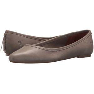 LIKE NEW Frye Regina Leather Ballet Flats Ash